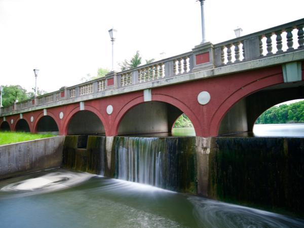 Mundelein IL Bridge to Library